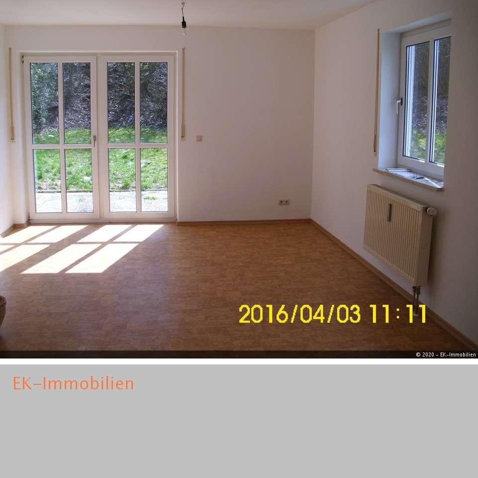 """***3-Zimmer-Maisonette-Wohnung mit Garten sucht neuen Mieter """" in"""