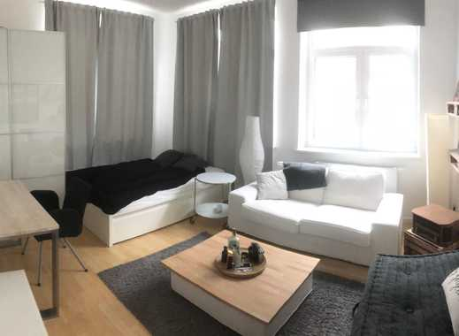 Helles, möbliertes 18m² Zimmer in zentraler Lage sucht Zwischenmieter!