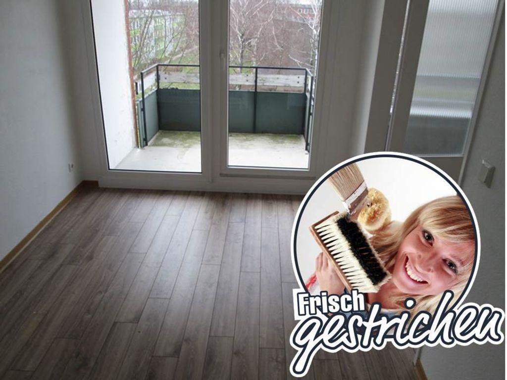 Esszimmer und Balkon