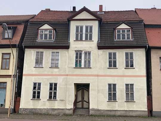 Denkmalimmobilie zum kernsanieren, zusätzlich 2 Baugrundstücke im Paket zu verkaufen