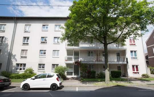 hwg - Für die kleine Familie! Großzügige 3-Zimmer-Wohnung mit Balkon!