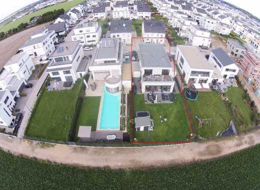 Ultimative Luxus Familien Wohnung mit Spielgarten und Fernblick (ohne Makler)