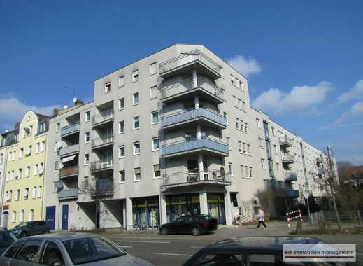 ZENTRAL - LICHTDURCHFLUTET - 2 Zi-Wohnung mit BALKON, EINBAUKÜCHE und TG-Stellplatz