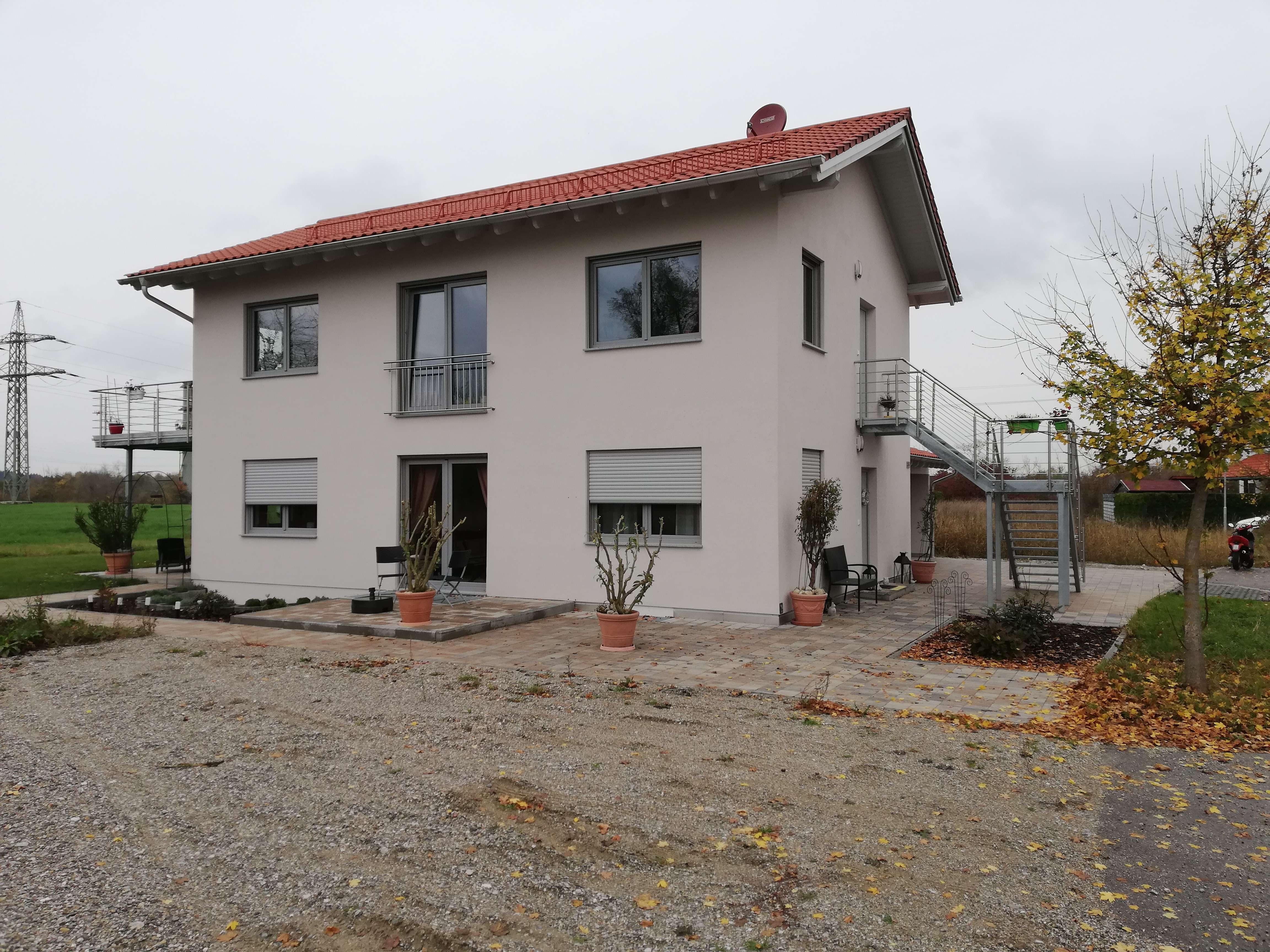 Schöne vier Zimmer Wohnung mit Garten und überdachter Terasse in Mühldorf in Mühldorf am Inn