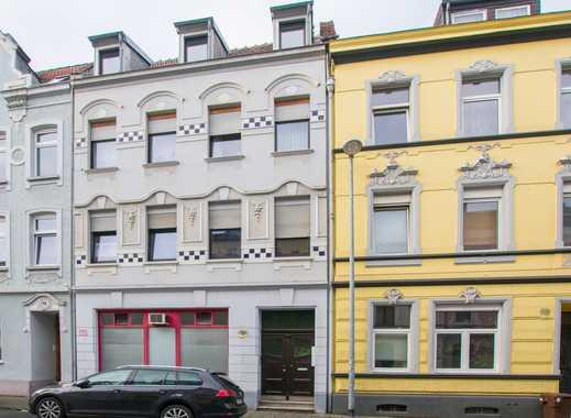 Mehrfamilienhaus mit 4 Wohnungen und dem Charme der Gründerzeit in ruhiger Lage von MG-Rheydt