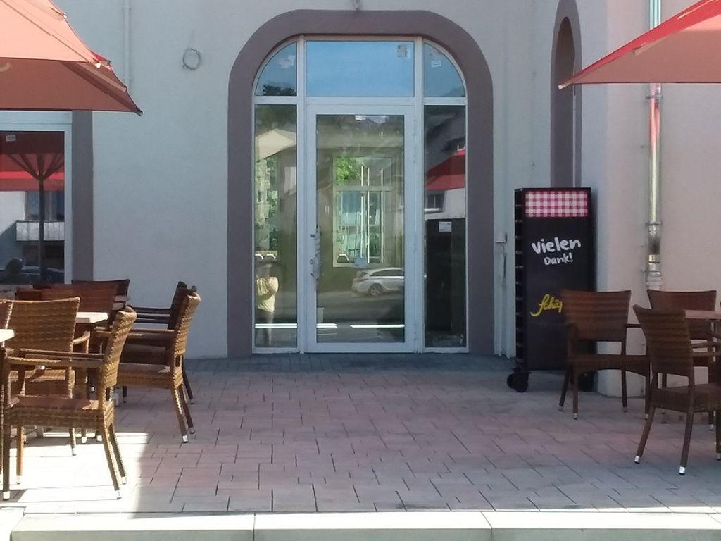 Eingang/Schaufensterfront