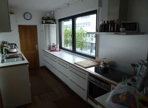 Stilvolle, geräumige 4-Zimmer-Wohnung in Frankfurt/Main Enkheim sep.Eingang mit eigenem Treppenhaus