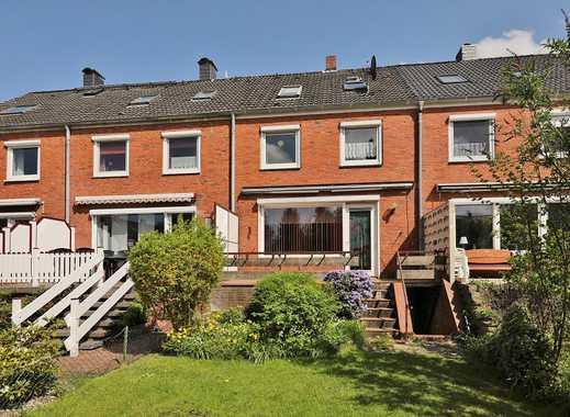 TT Immobilien bietet Ihnen: Reihenhaus in Altengroden mit Renovierungsbedarf
