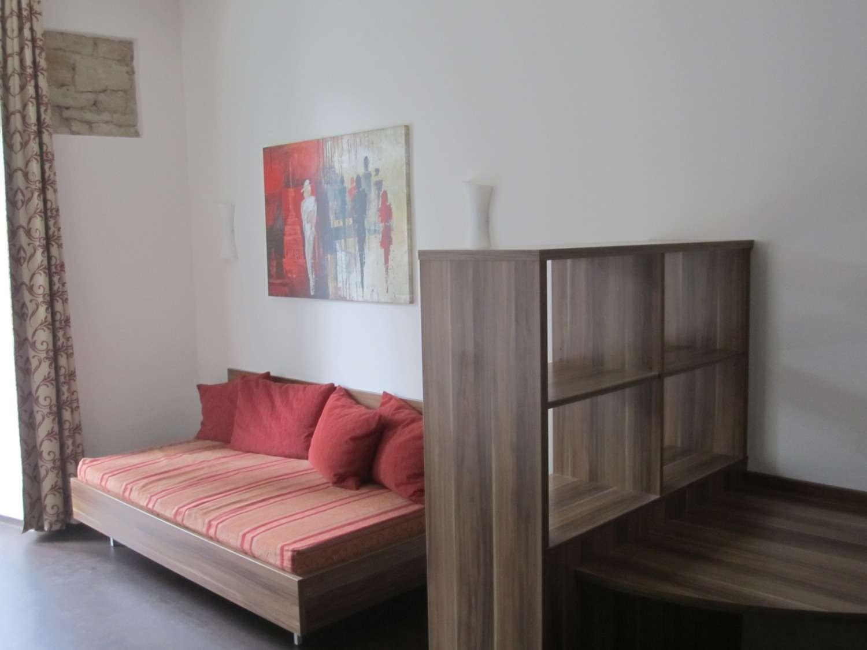 Top-Moderne, möblierte ein Zimmerwohnung im Loft-Stil in Insel (Bamberg)