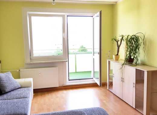 Wohnen auf Zeit - Schönes drei Zimmer Apartment in Berlin, Marzahn