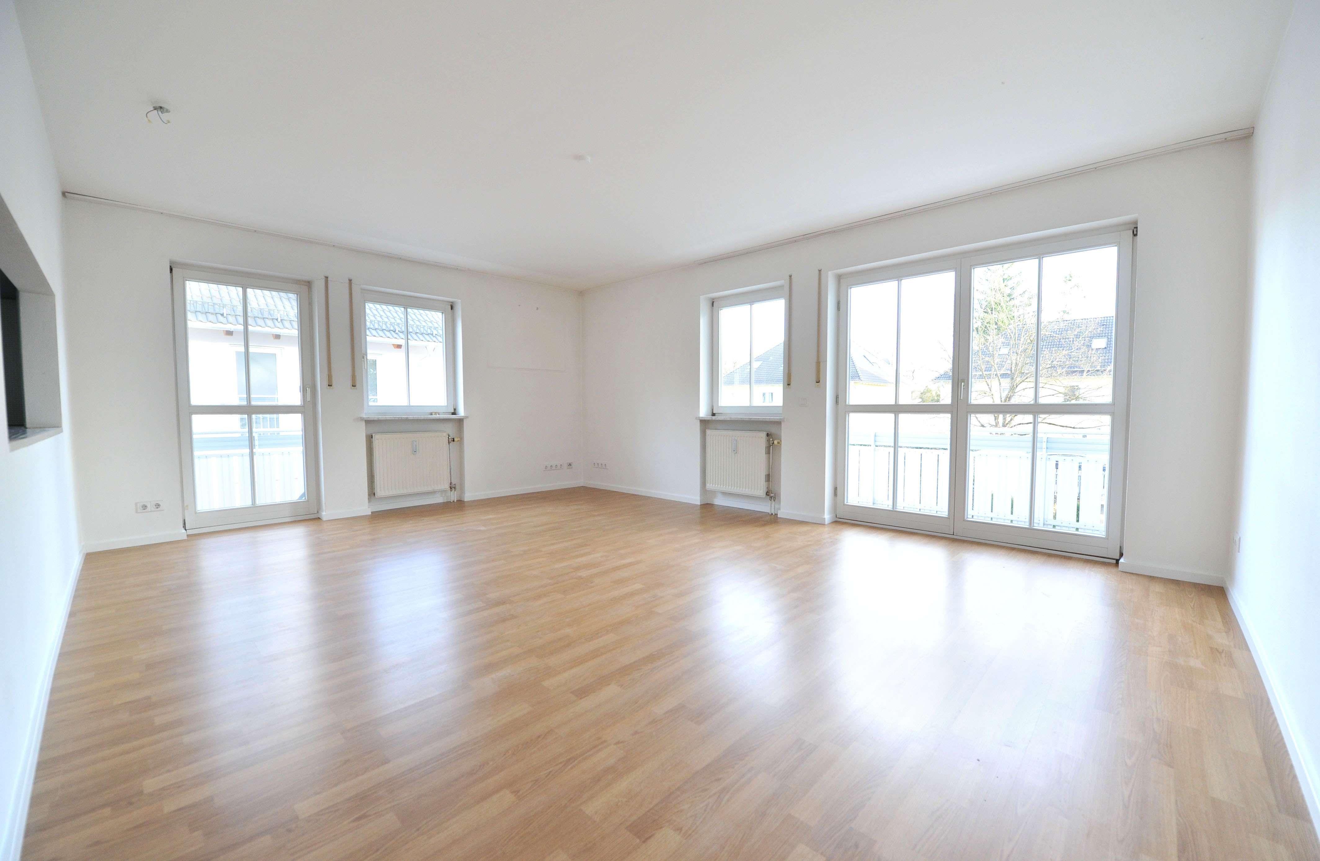 Exklusive gepflegte 3-Zi.-Wohnung mit EBK in Bogenhausen-Daglfing in Bogenhausen (München)