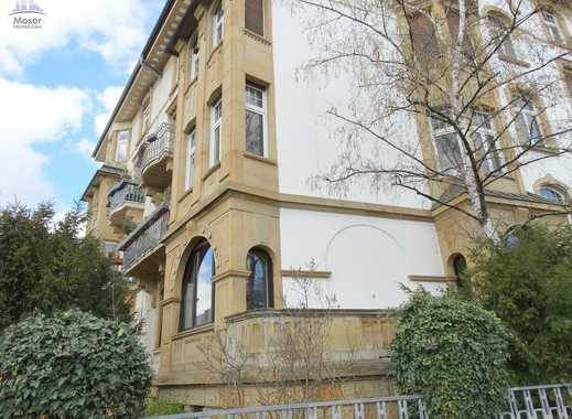 Schicke Stil-Altbau Etage im Hochpaterre mit 5 Zimmern + 2 Balkonen - Top Lage Nordend Ost!
