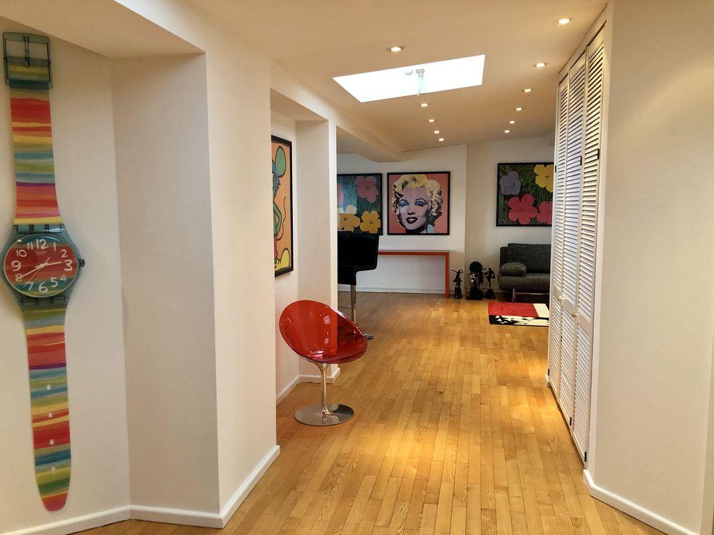 bezugsfreie dachgeschoss wohnung in sch neberg. Black Bedroom Furniture Sets. Home Design Ideas