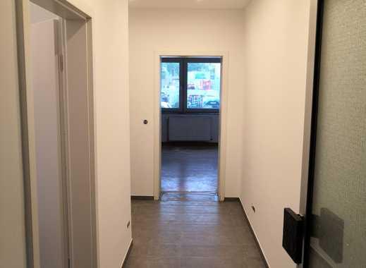 Erstbezug nach Sanierung: stilvolle 2-Zimmer-Hochparterre-Wohnung in Düsseldorf