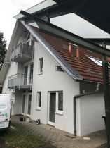 Nahe VW-Werk Schöne DG-Apartement-Wohnung mit