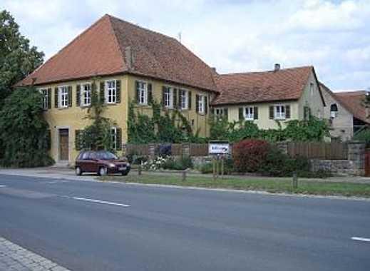 Gutshaus aus 1690 * Wohnen und Gewerbe * 3100 qm Grund *
