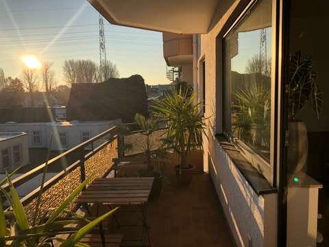 Zeil Voor Balkon : Ideal für singles renovierte zimmer wohnung mit balkon und