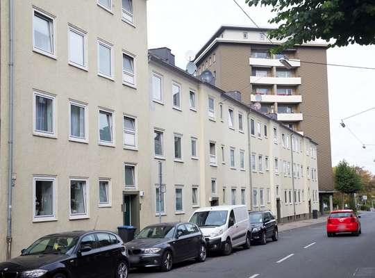 hwg - Gemütliche 3-Zimmer Wohnung mit Tageslichtbadezimmer und Wanne in unmittelbarer Stadtnähe!