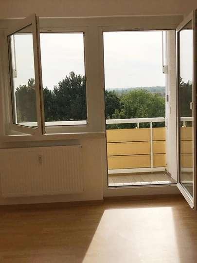 Wieder zu haben – schöne 2,5-RW in Borna mit Balkon