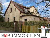 Einfamilienhaus mit Keller und Garage-Sanierungsobjekt