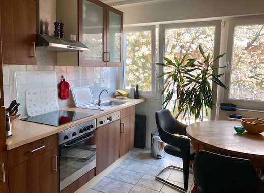 Wunderschöne 1,5 Raum Wohnung mit EBK und bodentiefen Fenstern in ruhiger Lage!
