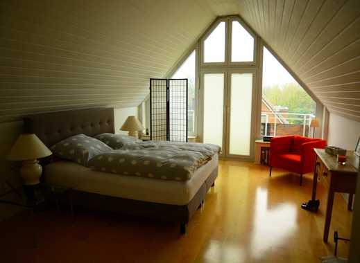 Schöne 3-Zimmer-Maisonette-Wohnung mit Balkon in Meerbusch