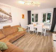 Möblierte und komplett ausgestattete 3 Zimmer Wohnung für 2erWG, Pendler, usw in Augsburg-Citylage! in Augsburg-Innenstadt