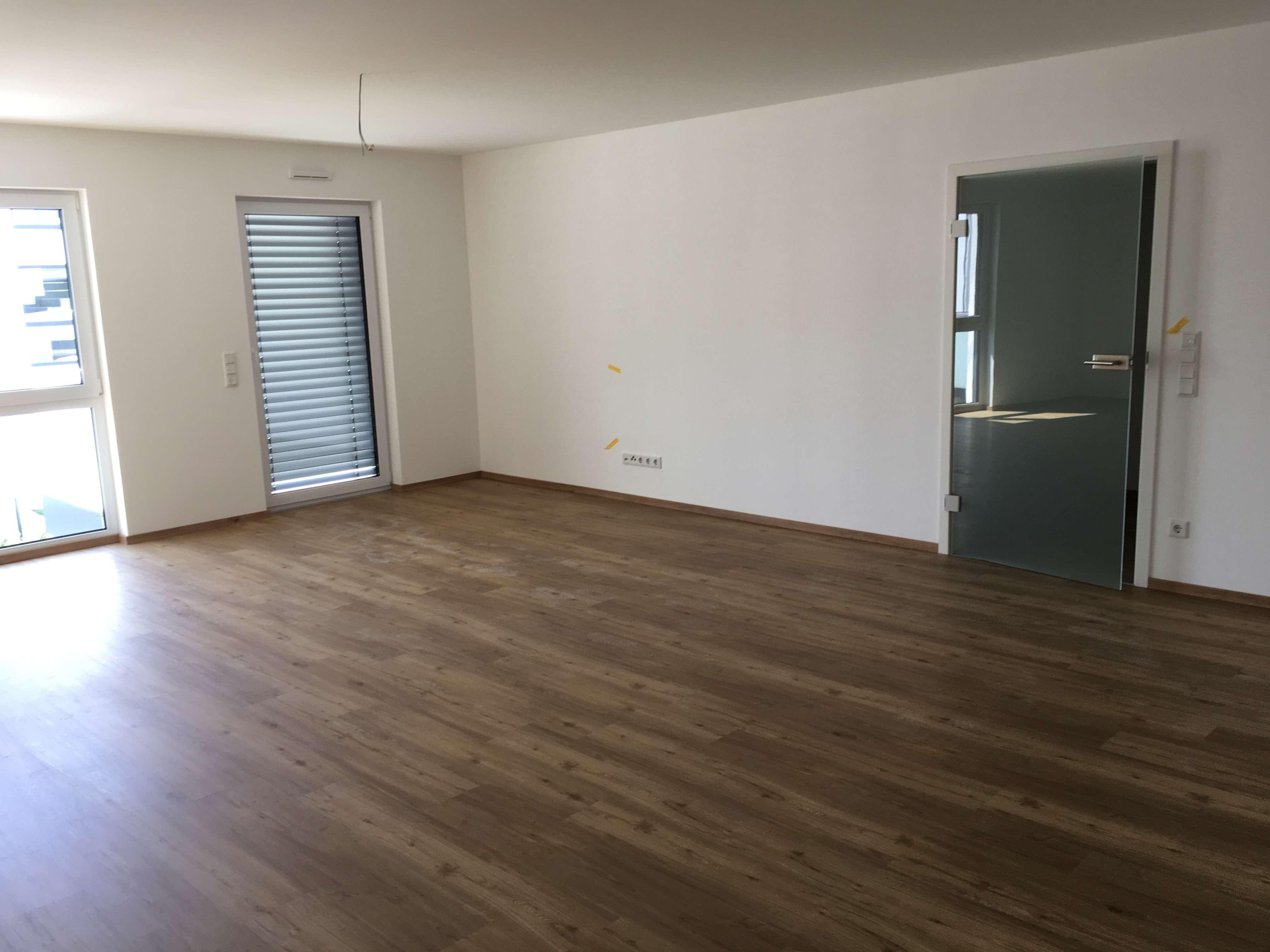 Schöne, geräumige zwei Zimmer Wohnung in Kelheim (Kreis), Abensberg in Abensberg