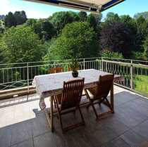 Attraktive Dachgeschosswohnung mit Panoramablick ins