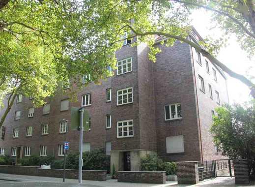 Direkt am Stadtgarten: Charmante, geräumige 5,5 Zimmer Wohnung mit Balkon in Gelsenkirchen-Altstadt