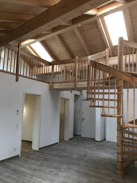 Wunderschöne Galeriewohnung mit Einbauküche und Sichtdachstuhl Nr. 22 in Germering (Fürstenfeldbruck)