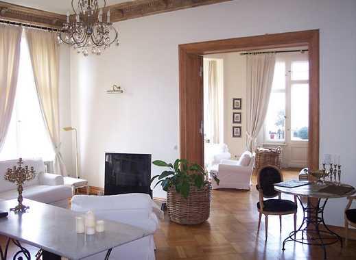 Traumhaft schöne 2-Zimmer-Altbauwohnung mit Blick über den Fasanenplatz
