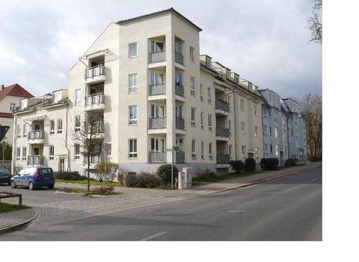 Schöne DG-Wohnung in der Wohnanlage Raumer / Ecke Ruhlaer Str.