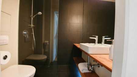 Exklusive, sanierte, vollmöblierte 1-Zimmer-Wohnung mit Einbauküche im Zentrum Maxvorstadt in Maxvorstadt (München)