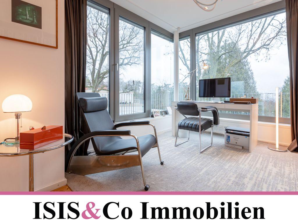 penthouse arrangement aus luxus und komfort in bestlage. Black Bedroom Furniture Sets. Home Design Ideas