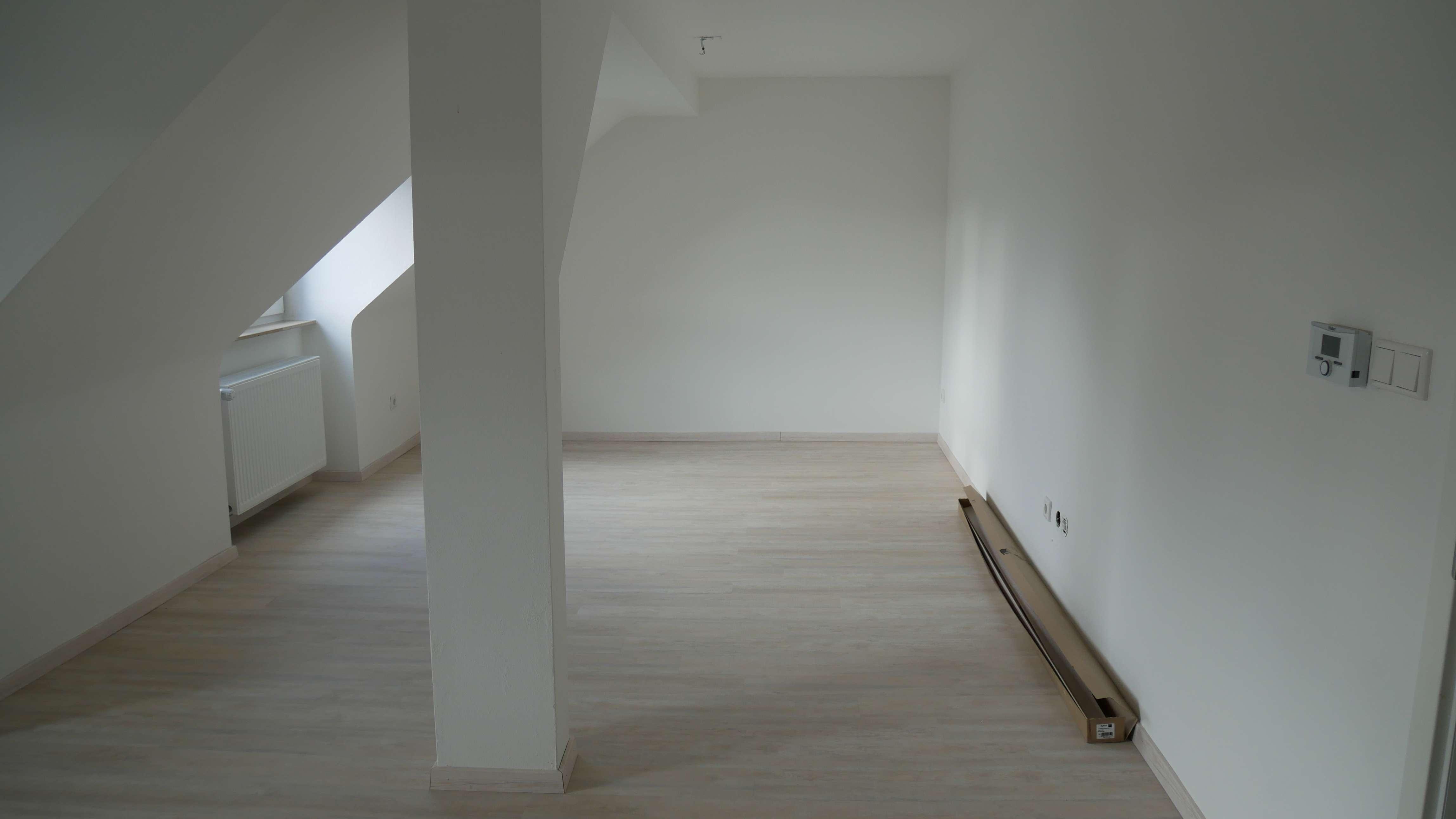 Top renovierte, helle 4-Zimmerwohnung, Nähe Fürther Stadtpark!!! 5.Stock ohne Aufzug!!! in