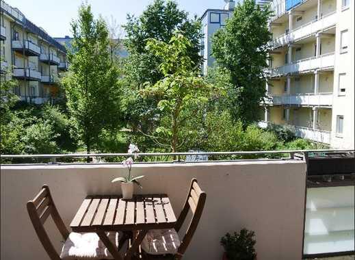 Exklusive, möblierte 2-Zimmer-Wohnung mit Südbalkon und Granit-EBK in BMW und Olympiapark Nähe