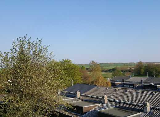 Unverbaubarer Blick bis zum Kronsberg - 2 Zimmer ETW mit Süd-Balkon
