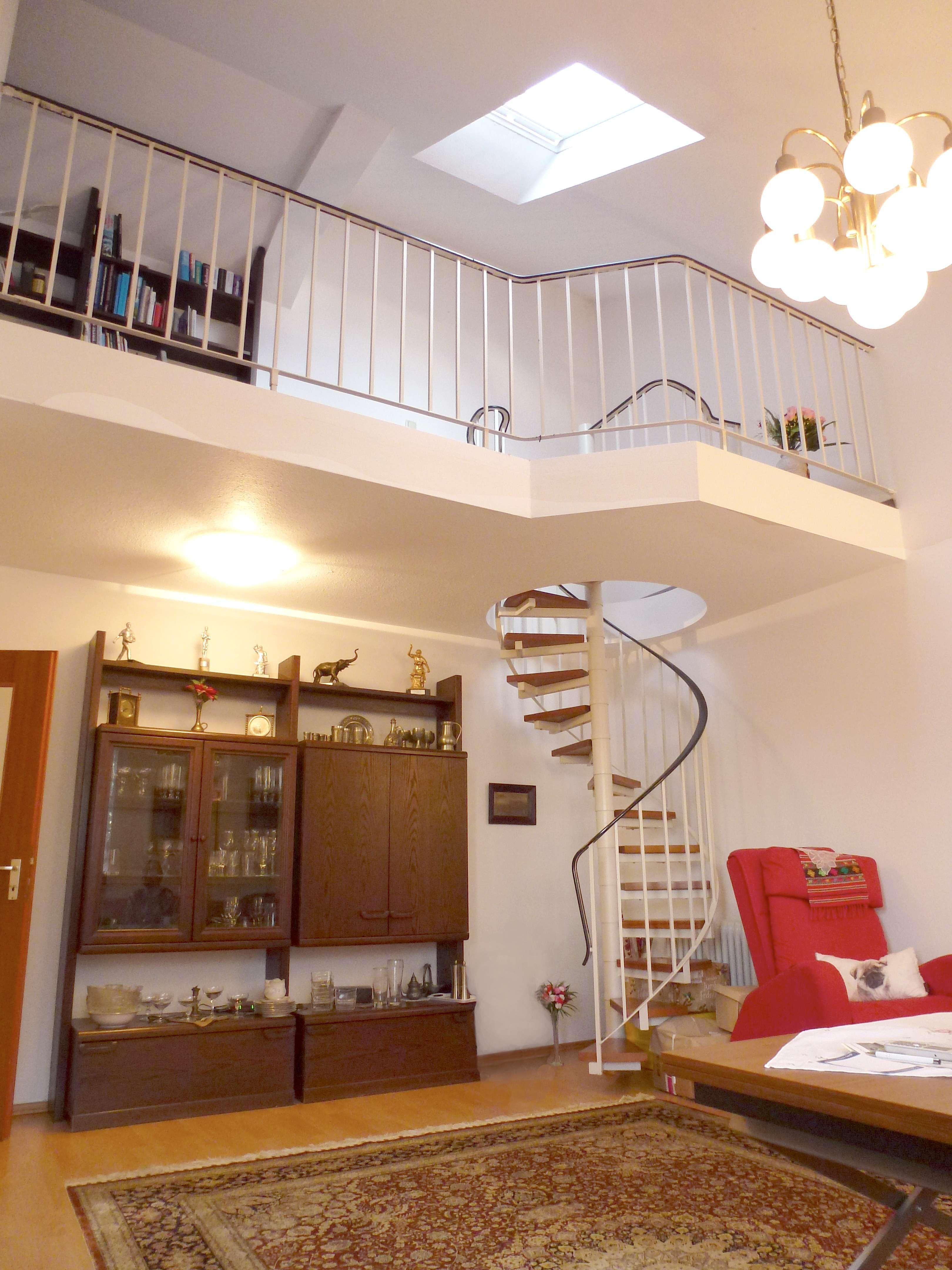 Bezaubernde Maisonette mit 25 m² Dachterrasse in Neusäß