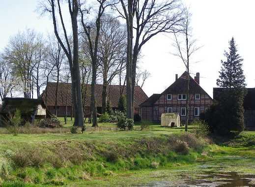 Resthof in Randlage mit Teich bei Wietzendorf