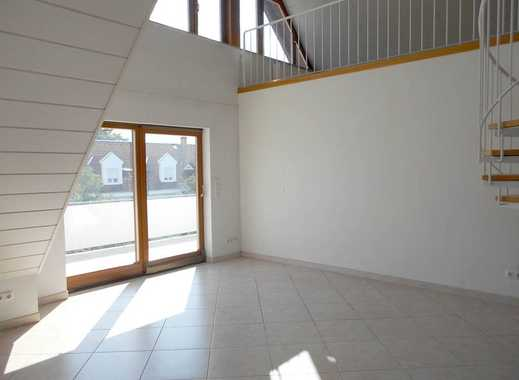 Traumhafte, renovierte 5 Zimmer-Maisonettewohnung mit Sonnenbalkonen und Duplexgarage.