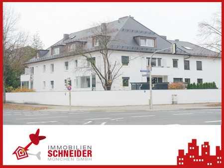 BOGENHAUSEN - helle 2 Zimmer DG Wohnung mit Parkettboden und EBK in Bogenhausen (München)