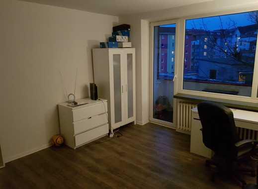 Kiel Lehmberg 17 - Geräumiges Zimmer mit Balkon in 3er WG/sehr zentrale Lage
