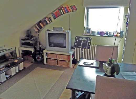 Helle und ruhige 2-Zimmer-DG-Wohnung in Bergen-Enkheim - Provisionsfrei