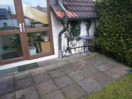 schönes 1,5-Zimmer-Appartement an Studentin in Kumpfmühl-Ziegetsdorf-Neuprüll (Regensburg)