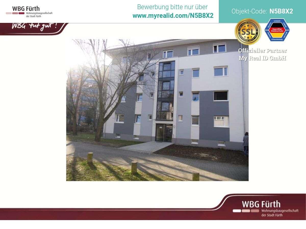 Modernisierte 3-Zimmer-Dachgeschosswohnung auf der Hardhöhe in Hardhöhe (Fürth)