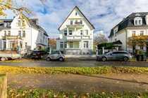 Luxuriöse Garten-Wohnung in 1A Rheinlage