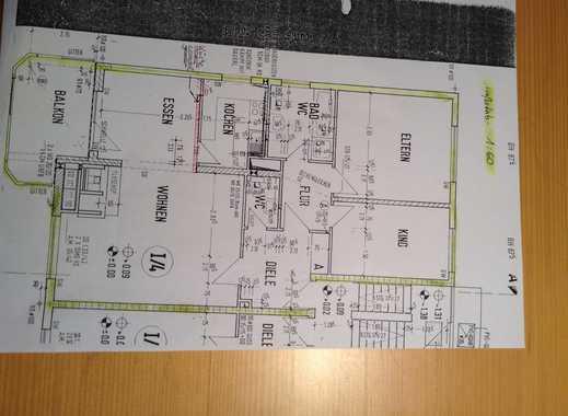 Gepflegte 3-Zimmer-Hochparterre-Wohnung mit Balkon und EBK in Sulzbach (Taunus)
