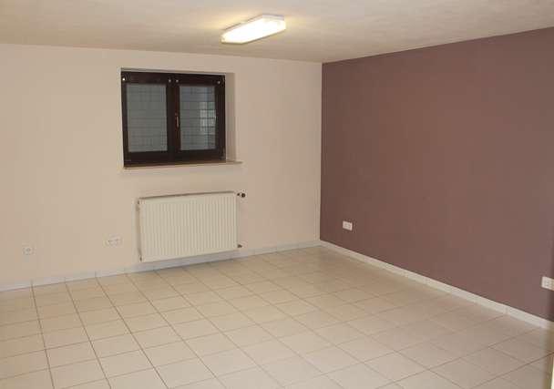 Zimmer 2 UG.