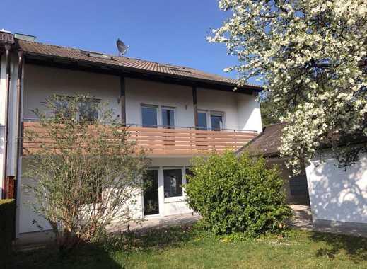 Doppelhaushälfte nebst Garage in guter und ruhiger Wohnlage in 85579 Neubiberg